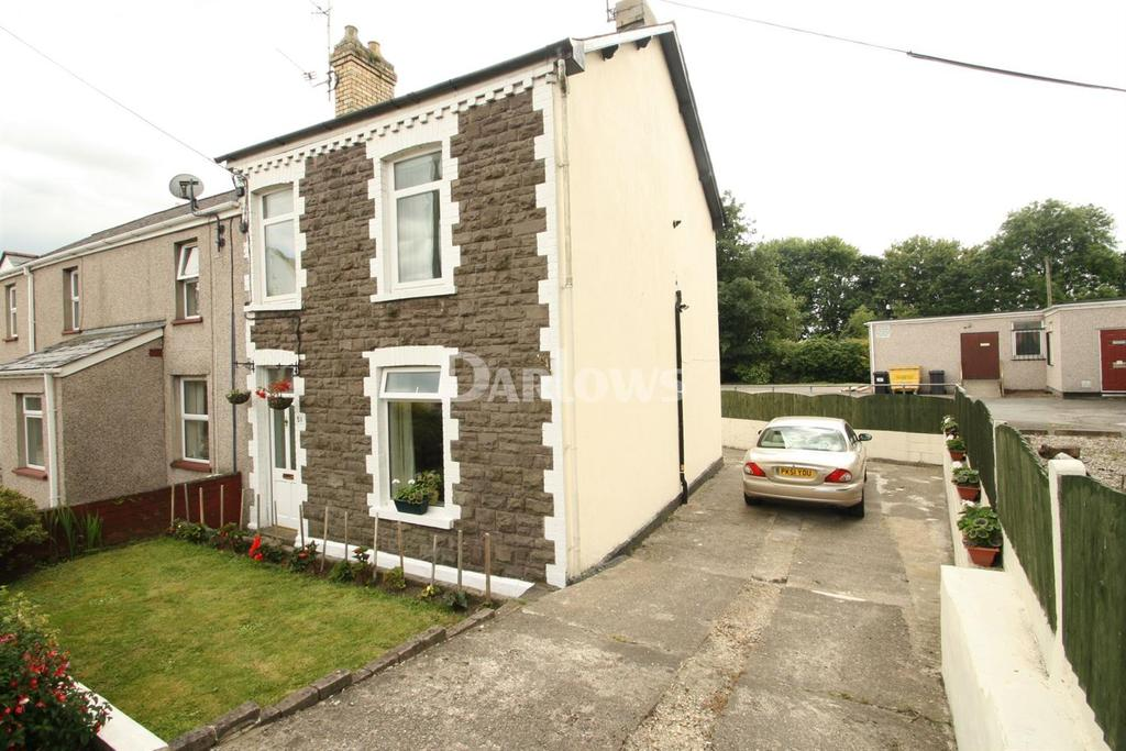 3 Bedrooms Semi Detached House for sale in Station Road, Pontnewydd