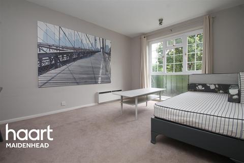 1 bedroom flat to rent - Mead Haze, Lower Cookham Road