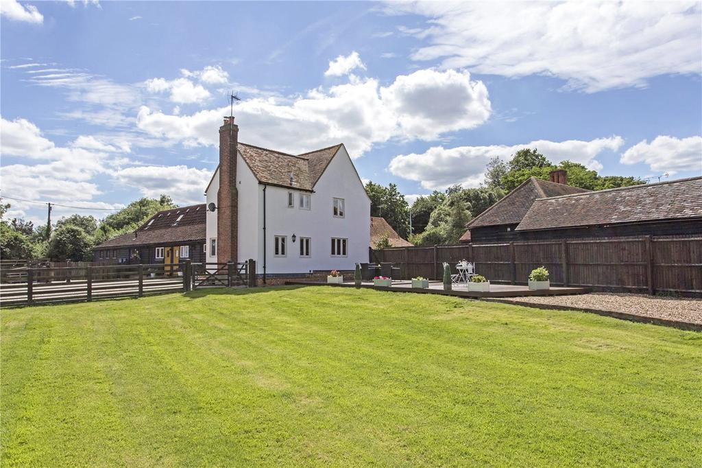 3 Bedrooms Semi Detached House for sale in New House Farm, Stondon Road, Ongar, Essex, CM5