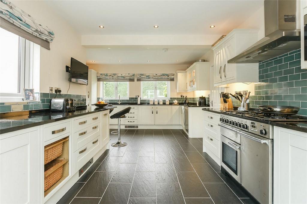 4 Bedrooms Detached House for sale in Woodland Rise, Cleobury Mortimer, Kidderminster, Shropshire