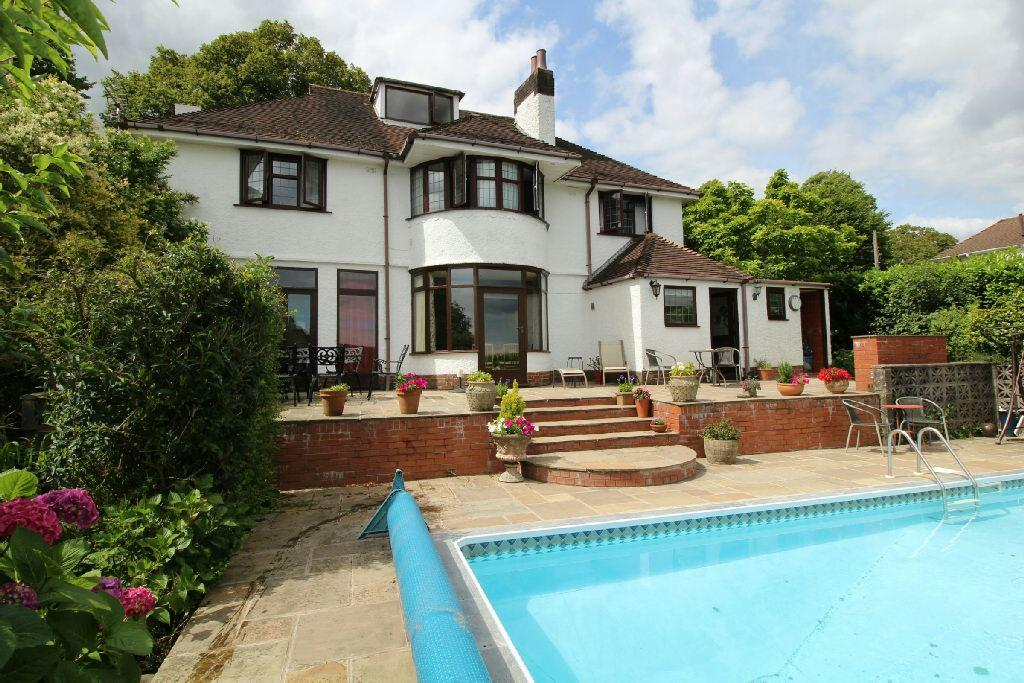 4 Bedrooms Detached House for sale in Ridgeway, Newport