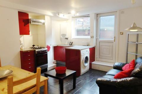 1 bedroom apartment to rent - The Garden Flat, Parkfield Road, Beeston, Leeds