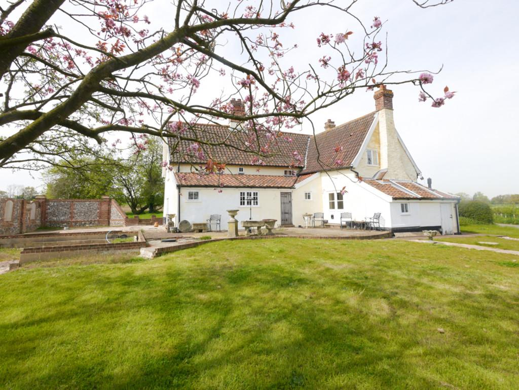 3 Bedrooms Detached House for sale in Bramblewood, Hoo, Suffolk