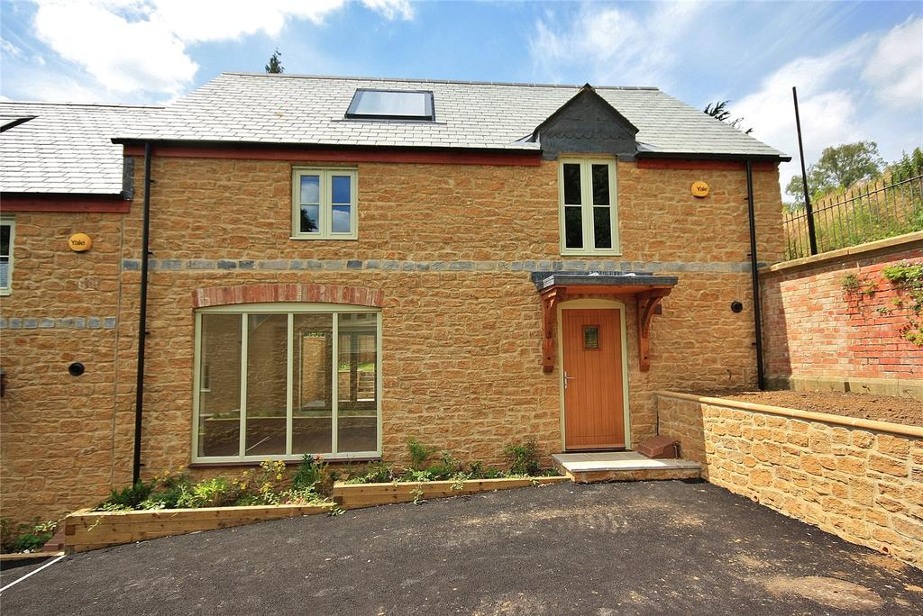 3 Bedrooms House for sale in Higher Meadow, Ilminster, Somerset, TA19