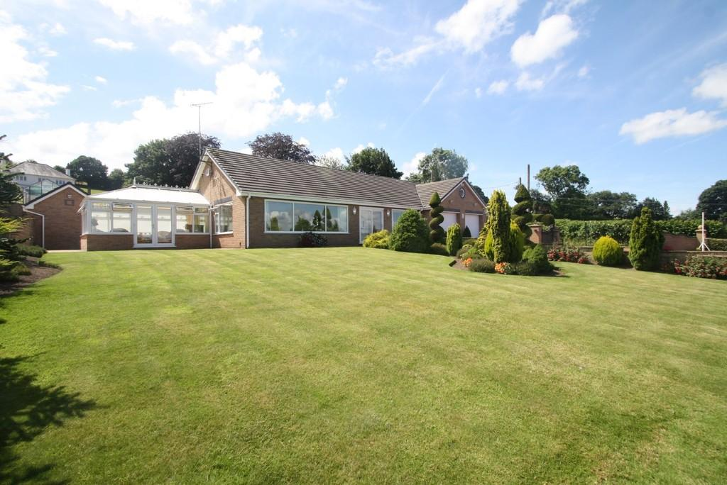 3 Bedrooms Detached Bungalow for sale in Hope Mountain, Wrexham