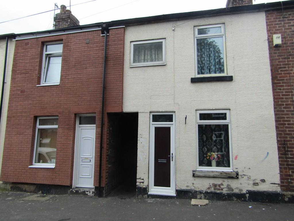 2 Bedrooms Terraced House for sale in Popple Street , Page Hall, Sheffield