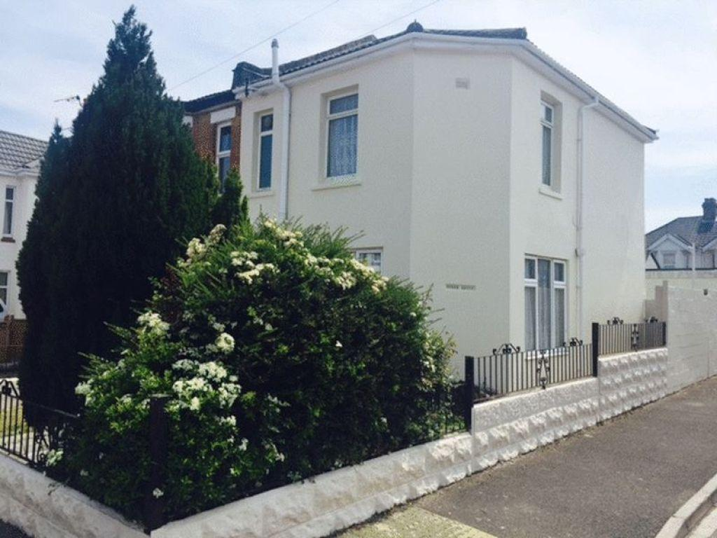 4 Bedrooms End Of Terrace House for rent in Shelbourne Road, Bournemouth