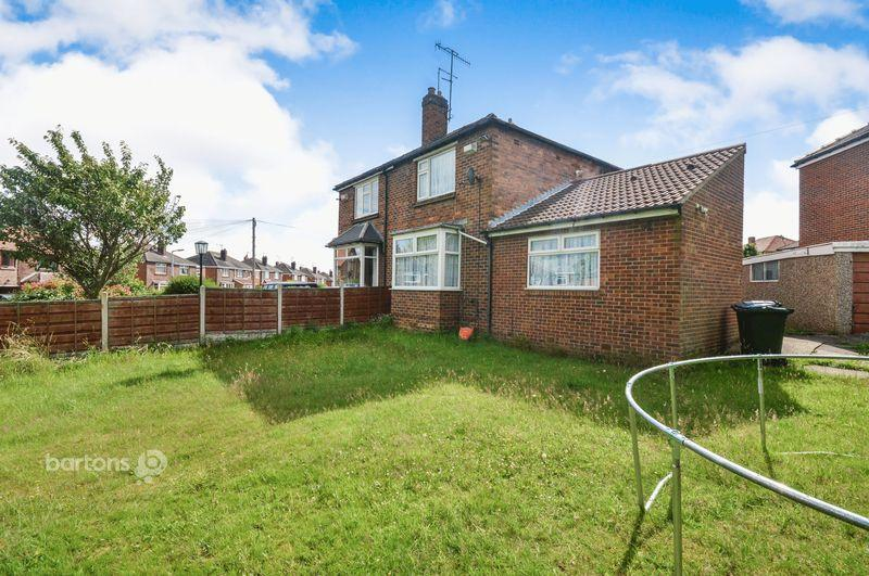 3 Bedrooms Semi Detached House for sale in Leasegate Road, Whiston, Rotherham