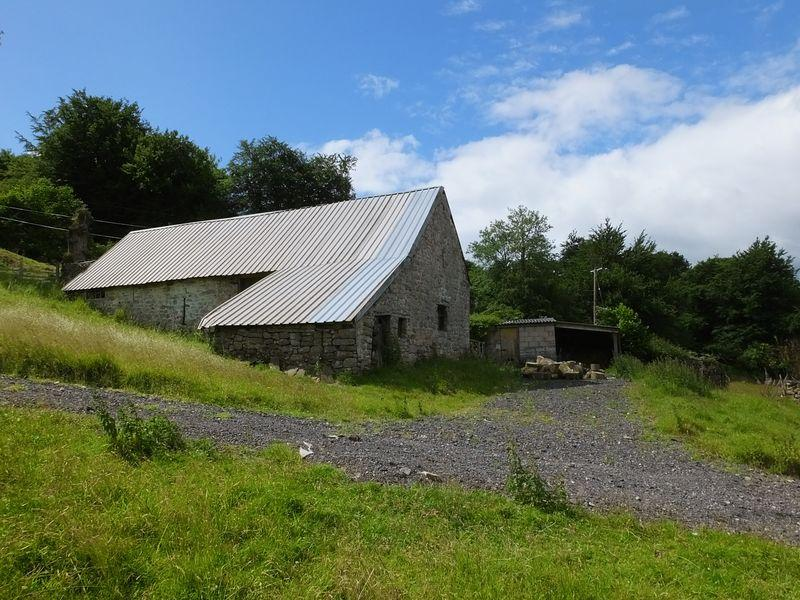 3 Bedrooms Barn Conversion Character Property for sale in Govilon, Abergavenny