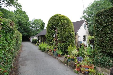 4 bedroom detached bungalow for sale - Vicarage Road, Llangollen