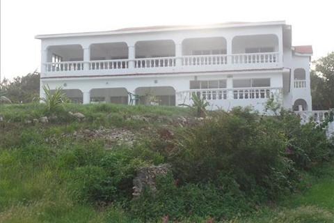 Land  - Diani Beach