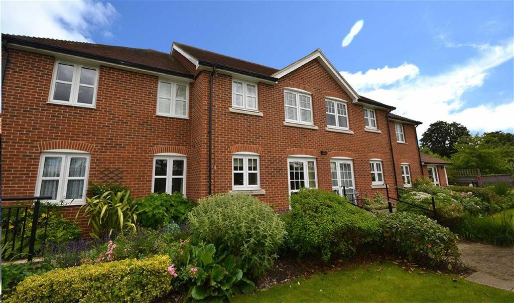 1 Bedroom Retirement Property for sale in Stewart Court, Epping, Essex, CM16