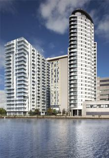 2 bedroom flat for sale - Media City UK, Salford Quays, Greater Manchester, M50