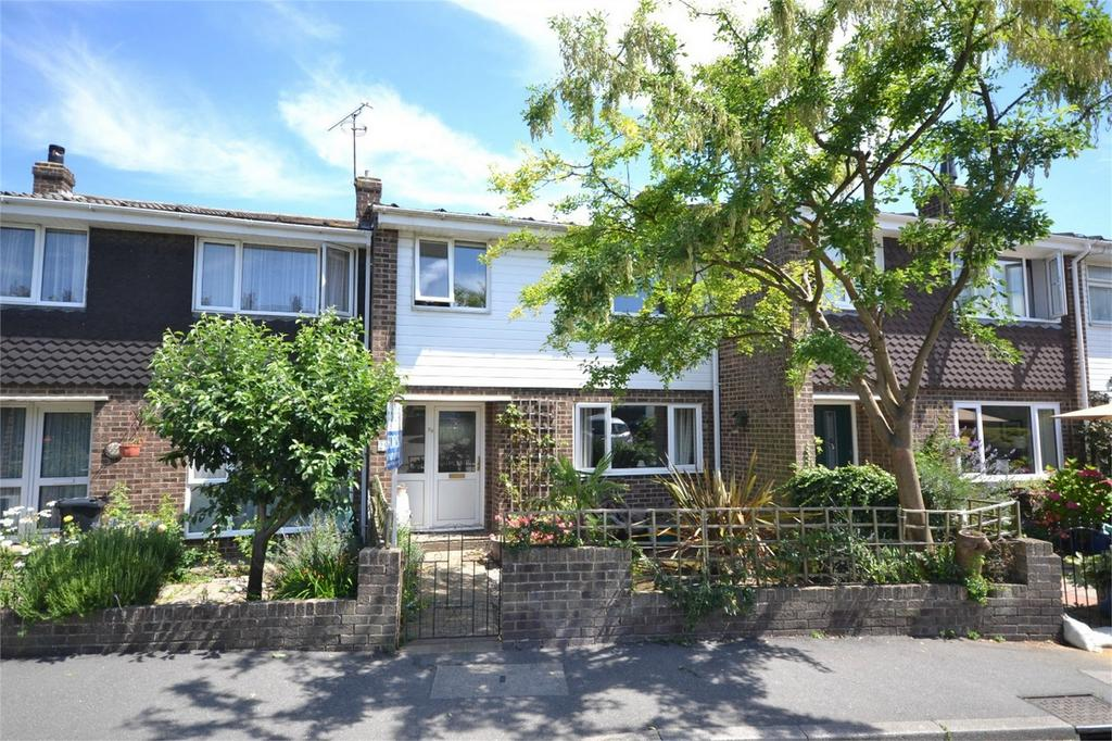 3 Bedrooms Terraced House for sale in Downs Road, Maldon, Essex
