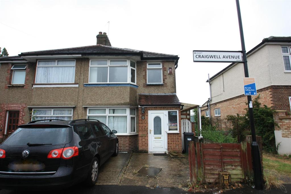 3 Bedrooms Semi Detached House for sale in Craigwell Avenue, Feltham