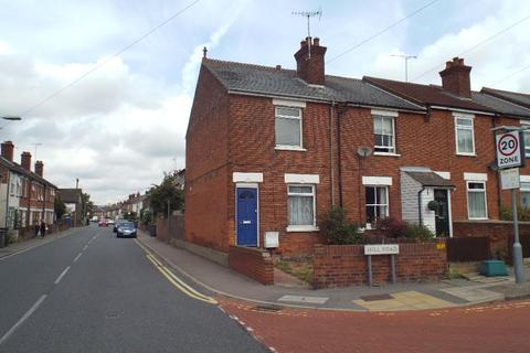 3 bedroom semi-detached house to rent - Hill Road, Chelmsford
