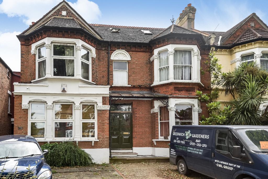 4 Bedrooms Terraced House for sale in Little Heath London SE7