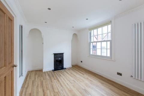 2 bedroom flat to rent - Flask Walk, Hampstead NW3
