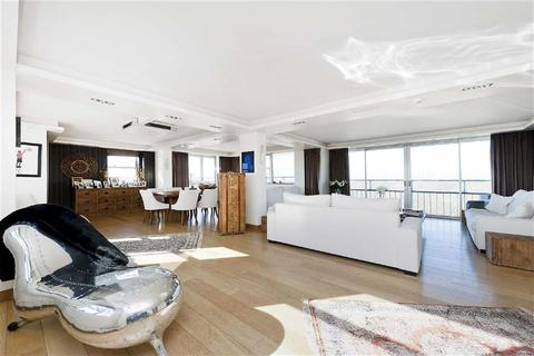 4 bedroom penthouse to rent - College Road, London
