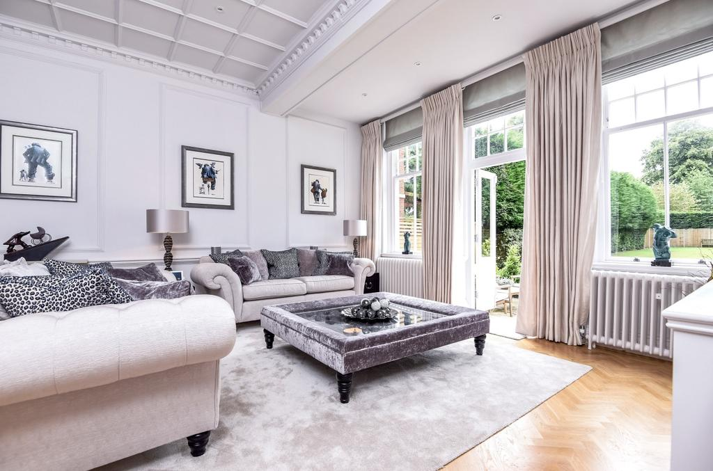 2 Bedrooms Flat for sale in St Pauls Cray Road Chislehurst BR7