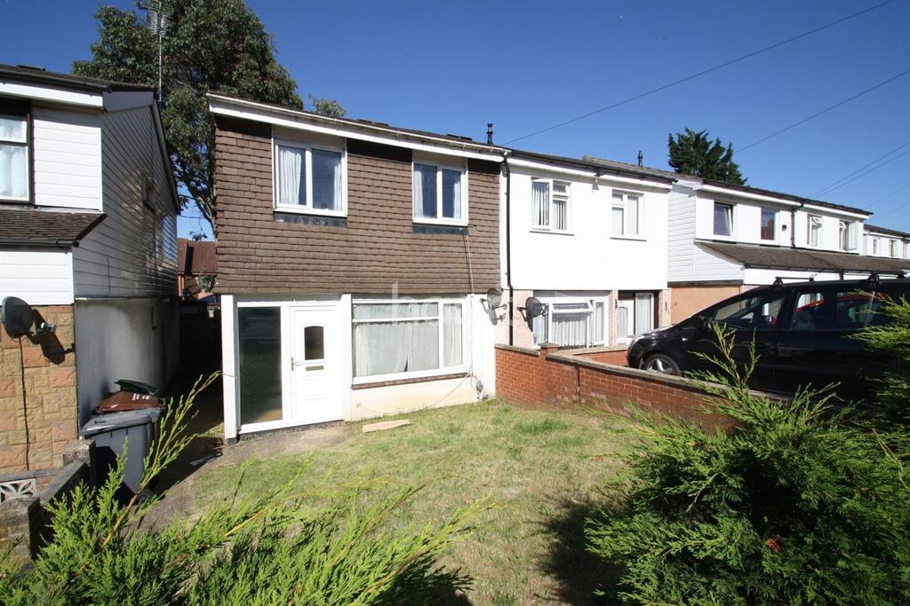 3 Bedrooms Semi Detached House for sale in Hockwell Ring