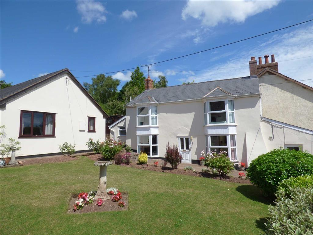 4 Bedrooms Detached House for sale in High Street, Halberton, Tiverton, Devon, EX16