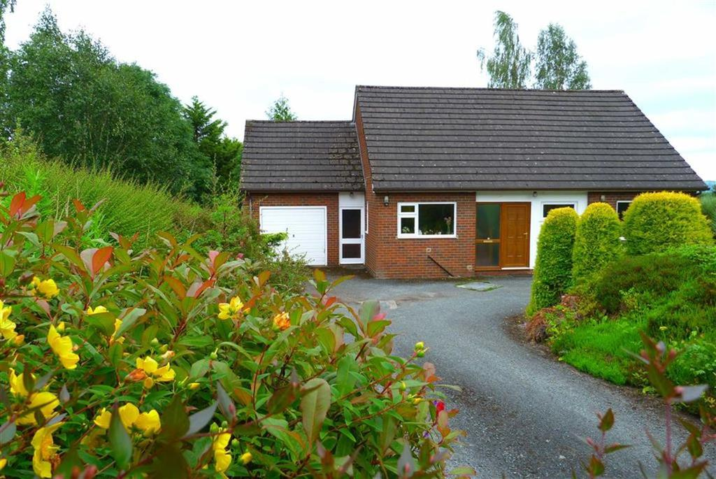 3 Bedrooms Country House Character Property for sale in Penygarreg Lane, Pant, Oswestry, SY10