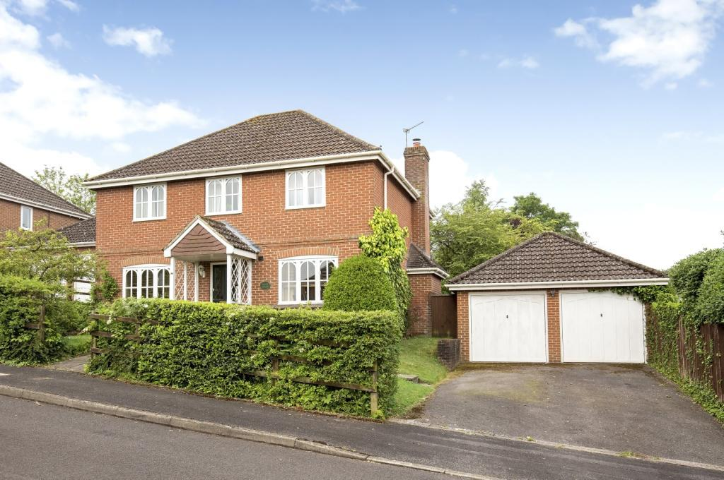 4 Bedrooms Detached House for sale in Ilex Close, Kings Worthy, Winchester, SO23