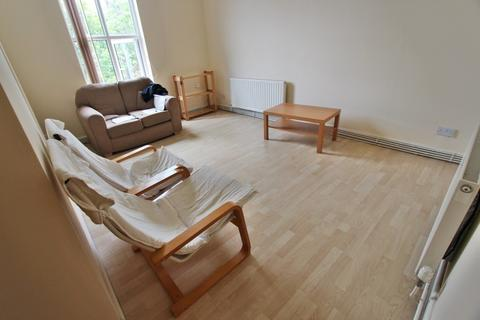 2 bedroom apartment to rent - Egerton Road, Fallowfield, M14