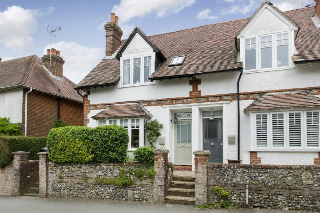 3 Bedrooms End Of Terrace House for sale in School Road, Twyford, Winchester, SO21