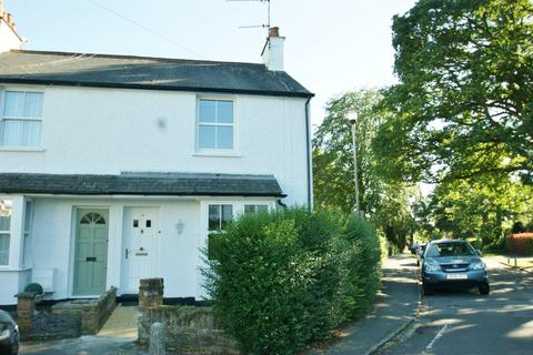 2 bedroom end of terrace house to rent - Pinewood Close, Gerrards Cross, SL9