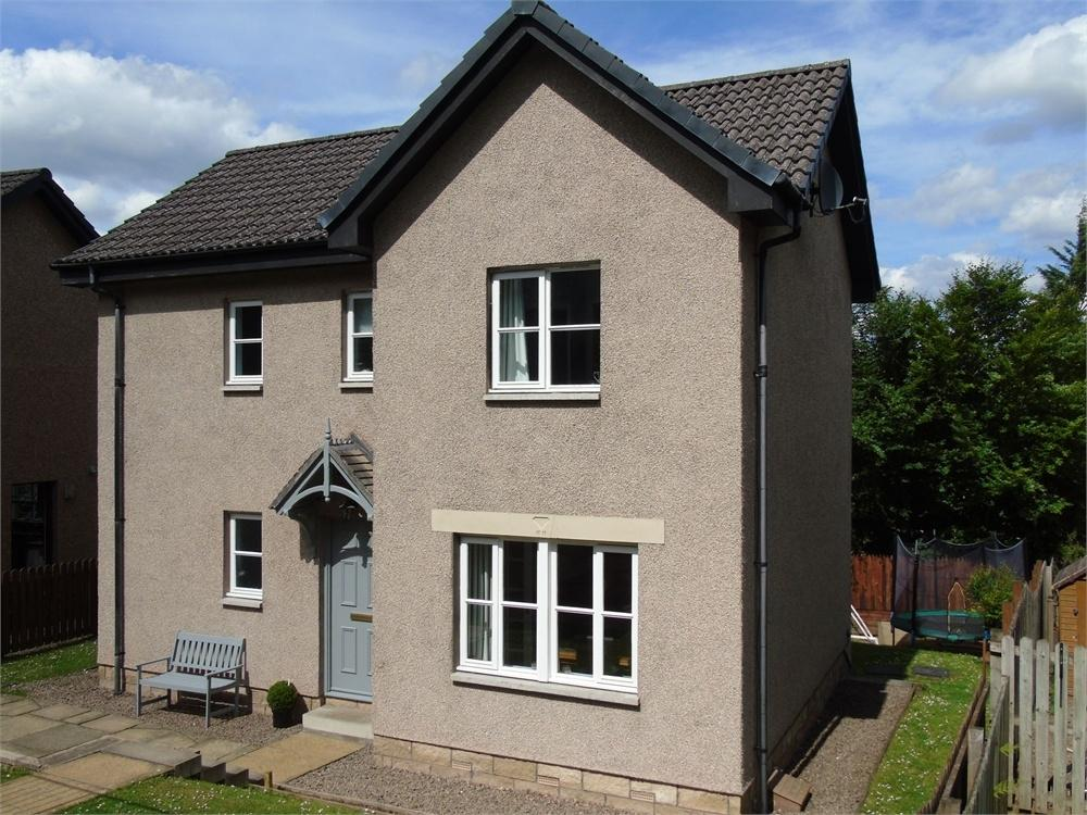 3 Bedrooms Detached House for sale in 43 Abbotsford Road, GALASHIELS, Scottish Borders