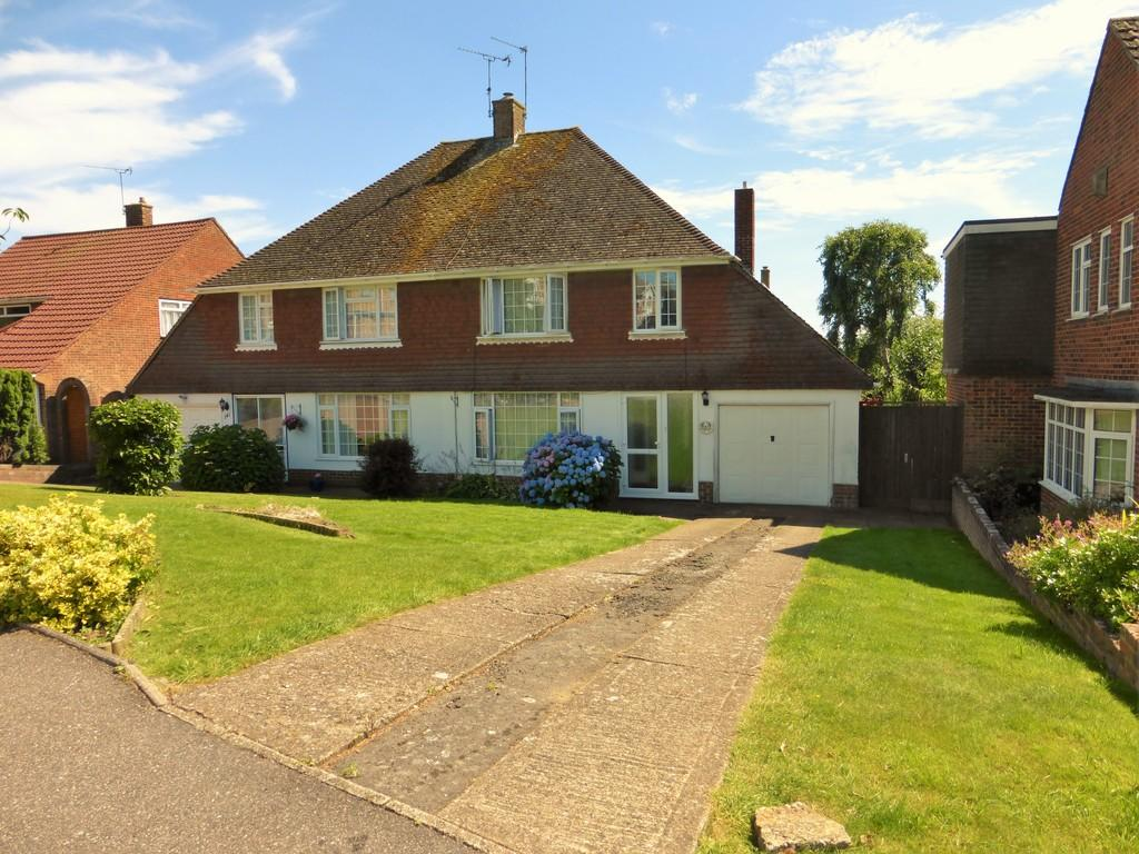 3 Bedrooms Semi Detached House for sale in Heath Road, Maidstone