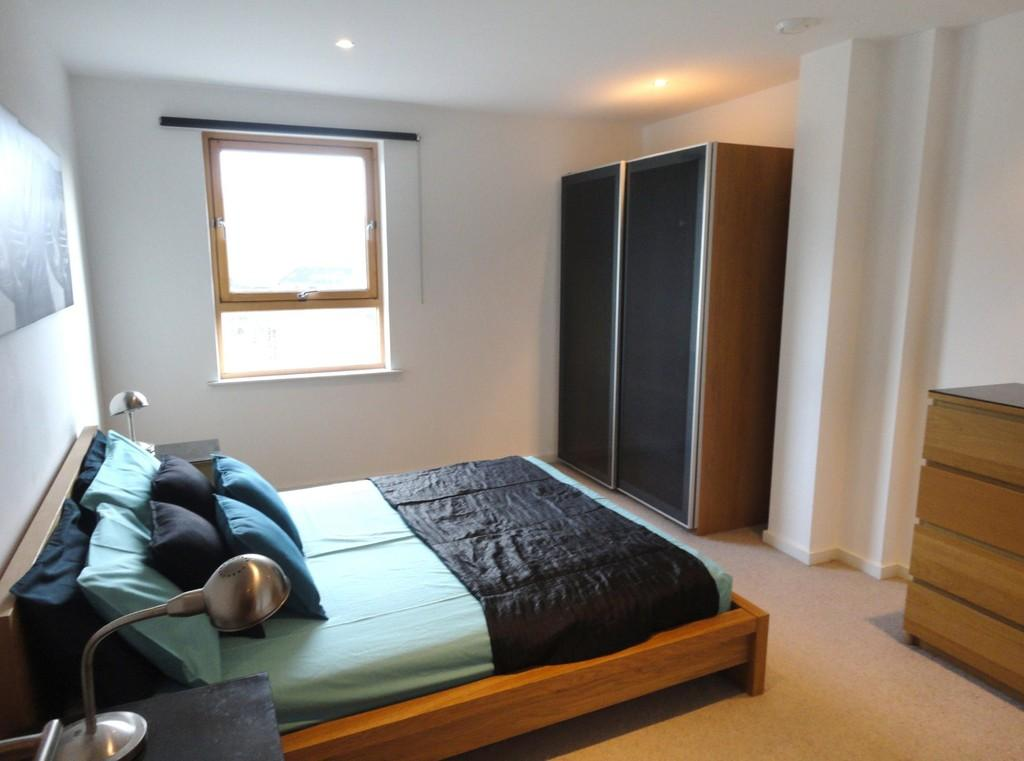 1 Bedroom Apartment Flat for sale in The Gateway South