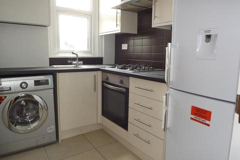 3 bedroom flat to rent - Durnsford Road, Southfields, London, GLA, SW19 8DZ