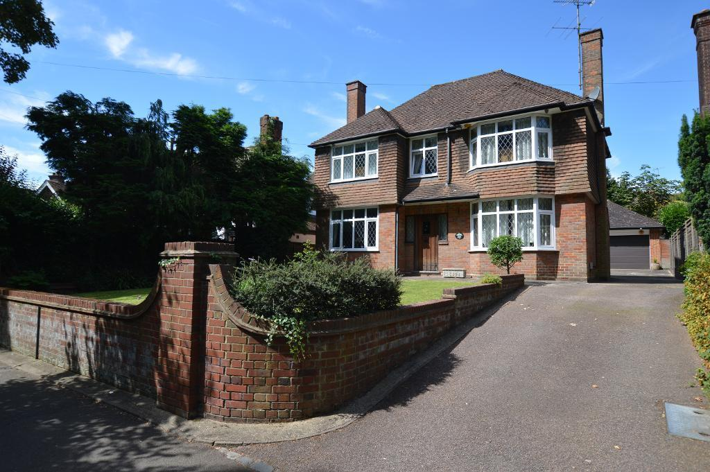 3 Bedrooms Detached House for sale in New Bedford Road, Luton, LU3 1LF