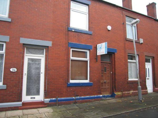 2 Bedrooms Terraced House for sale in Pike Street, Rochdale - A DESIRABLE 2 BEDROOMED MID TERRACED HOUSE IDEAL FOR FIRST TIME BUYER/INVESTOR