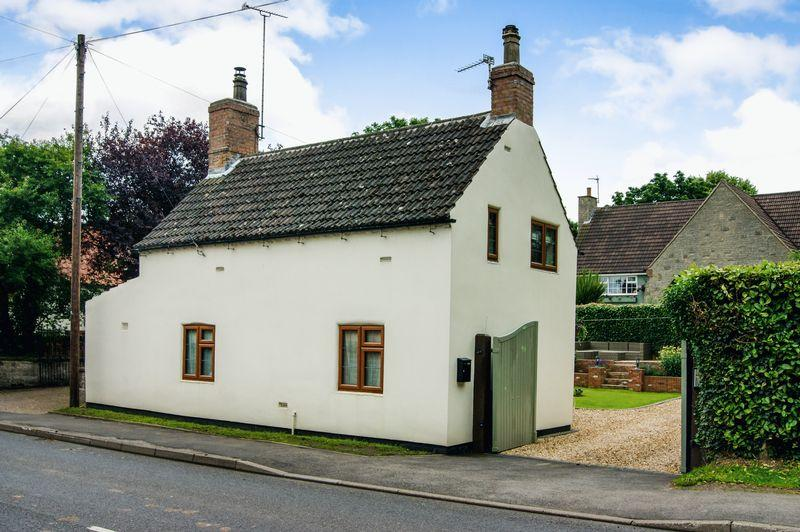 3 Bedrooms Cottage House for sale in Lincoln Road, Tuxford