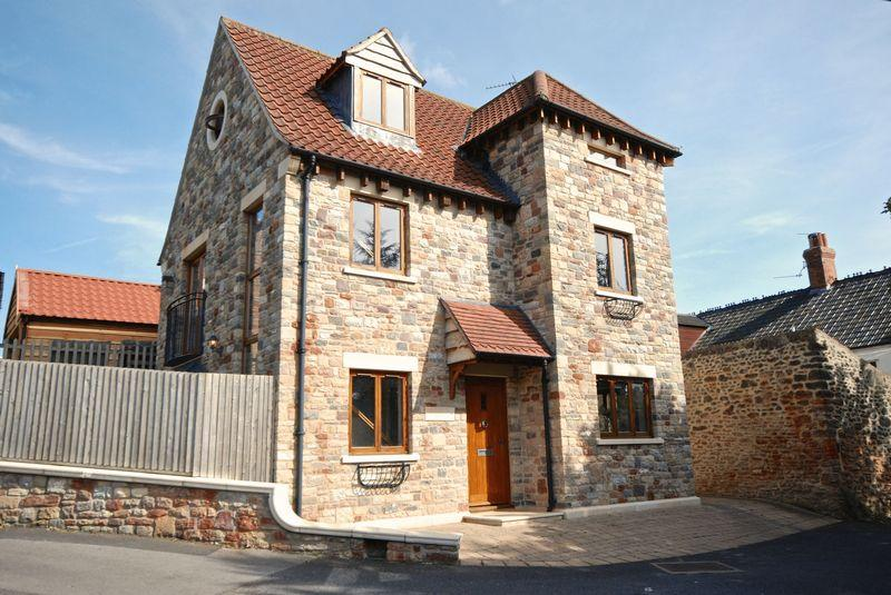 3 Bedrooms Detached House for sale in School Hill, Wells