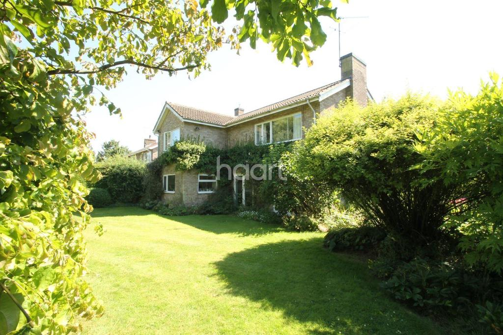 4 Bedrooms Detached House for sale in Mailes Close, Barton