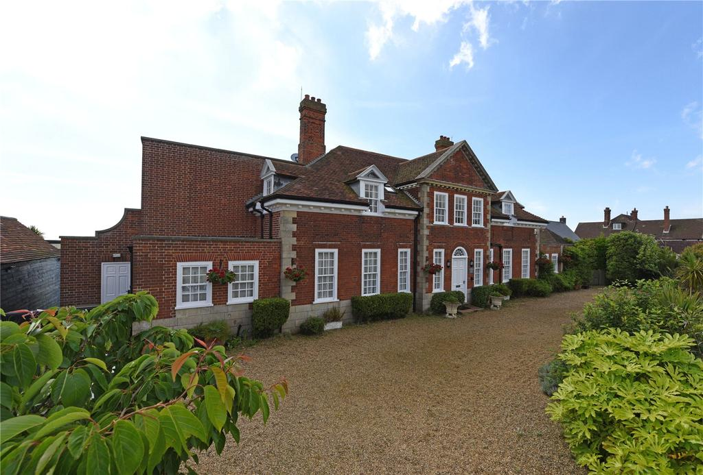 6 Bedrooms Unique Property for sale in North End Avenue, Thorpeness, Leiston, Suffolk, IP16
