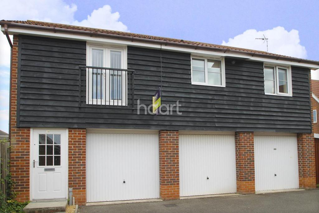 1 Bedroom Maisonette Flat for sale in Wagtail Drive, Bury St Edmunds