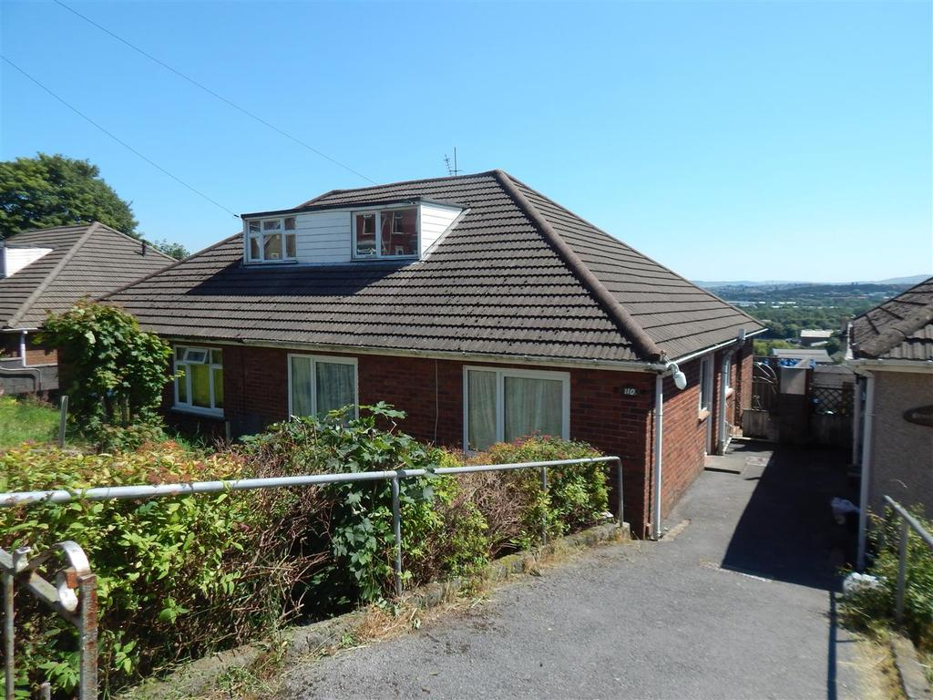 3 Bedrooms Semi Detached Bungalow for sale in Pentremalwed Road, Morriston, Swansea
