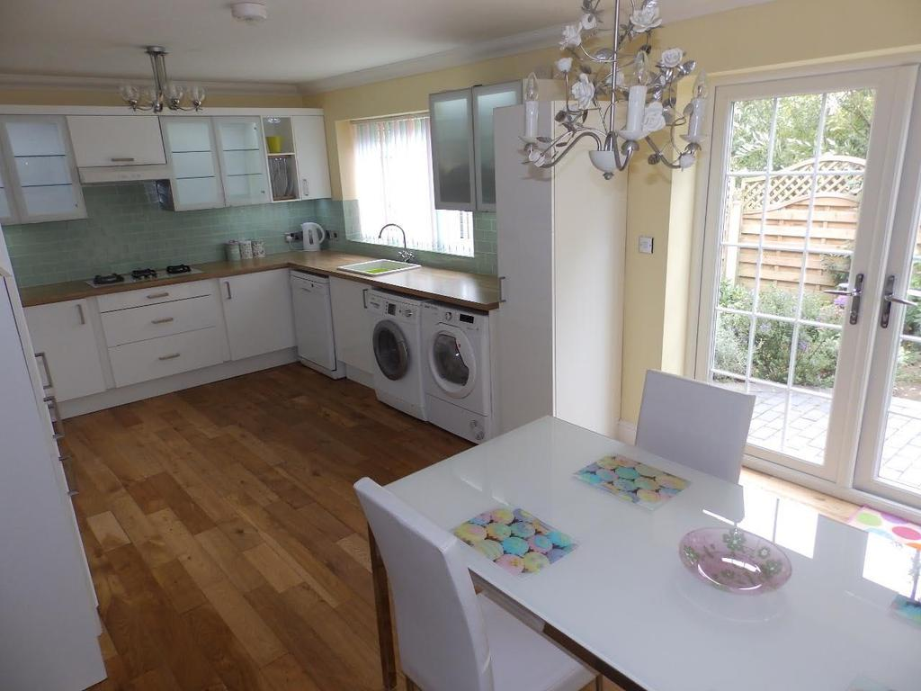 6 Bedrooms Detached House for sale in Gwellyn Avenue, Kinmel Bay,