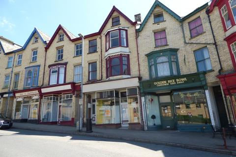2 bedroom apartment for sale - Haselmere, Park Crescent, Llandrindod Wells, Powys