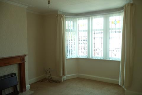 3 bedroom end of terrace house to rent - Greenwood Avenue, Blackpool FY1