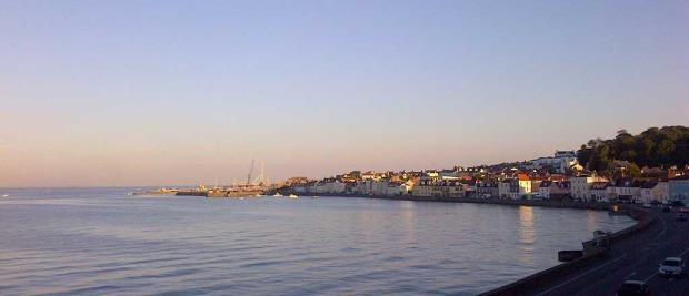 3 Bedrooms Apartment Flat for sale in Rue De Vega, St. Peter Port