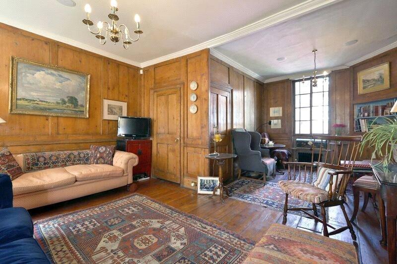 3 Bedrooms Terraced House for sale in Culross Street, London, W1K