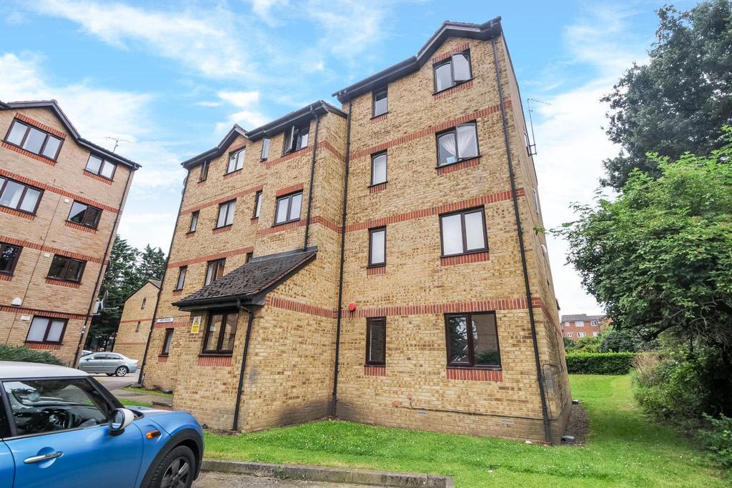 2 Bedrooms Flat for sale in Myers Lane, New Cross, SE14