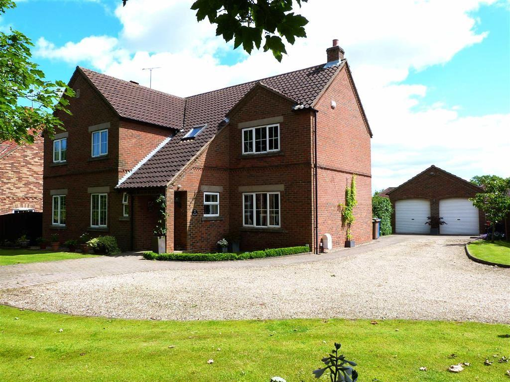 5 Bedrooms Detached House for sale in Main Street, Huggate